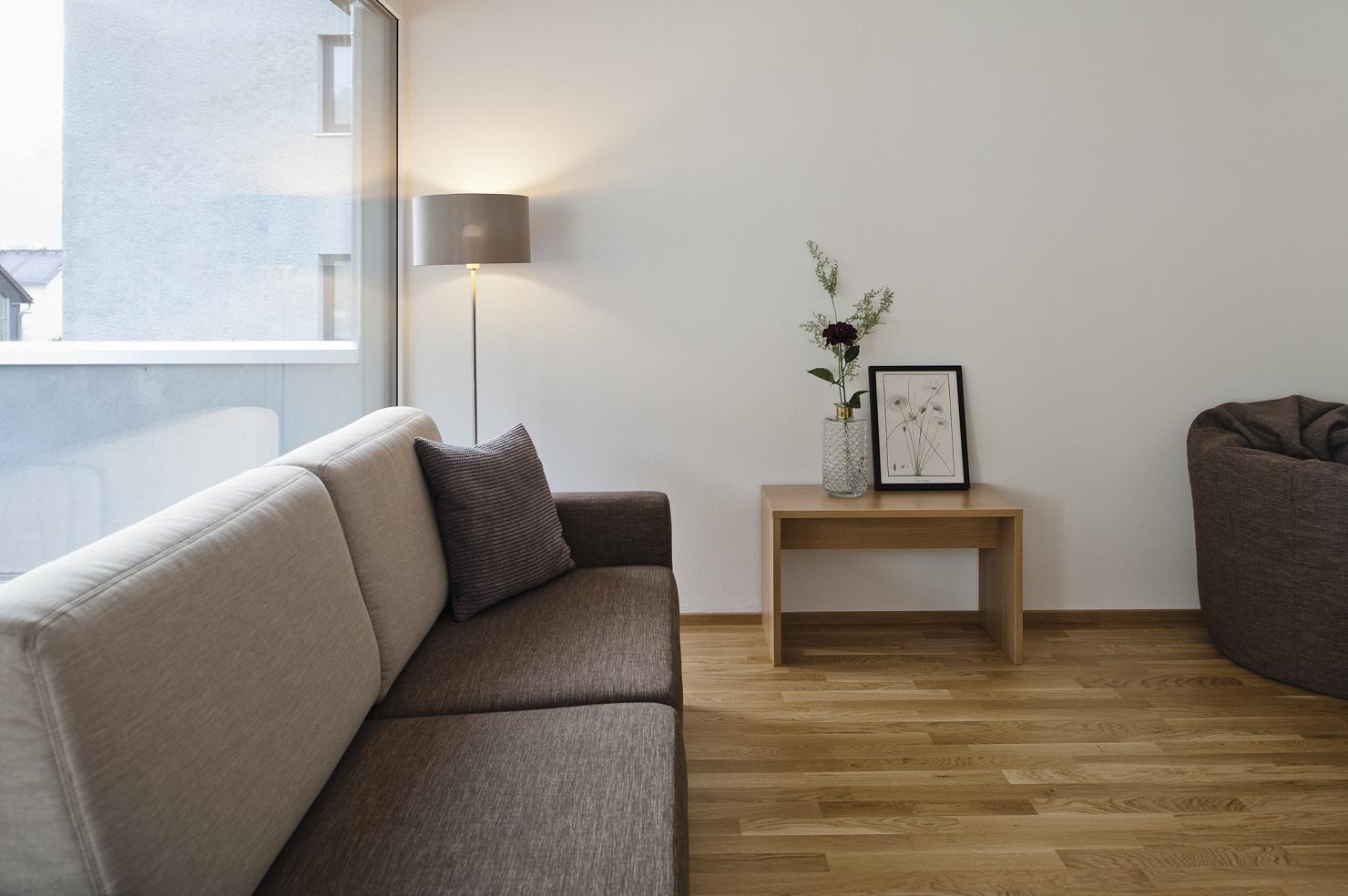wohnen-dornbirn.at | Komfort Apartement Wohnzimmer